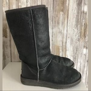UGG Shoes - Ugg Classic Tall Gray Shearling Boots SZ 7 USED